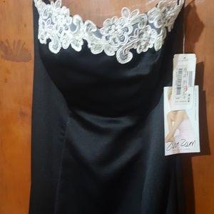 Zum Zum by Niki Livas Dresses - Prom dress